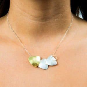 Collar de diseño en plata de ley y oro justo Fairmined