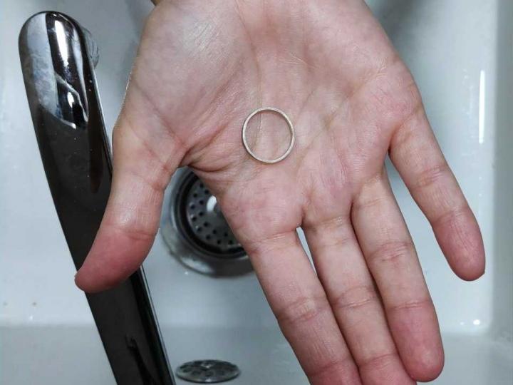 ¿Cómo cuidar tus joyas de plata y oro?