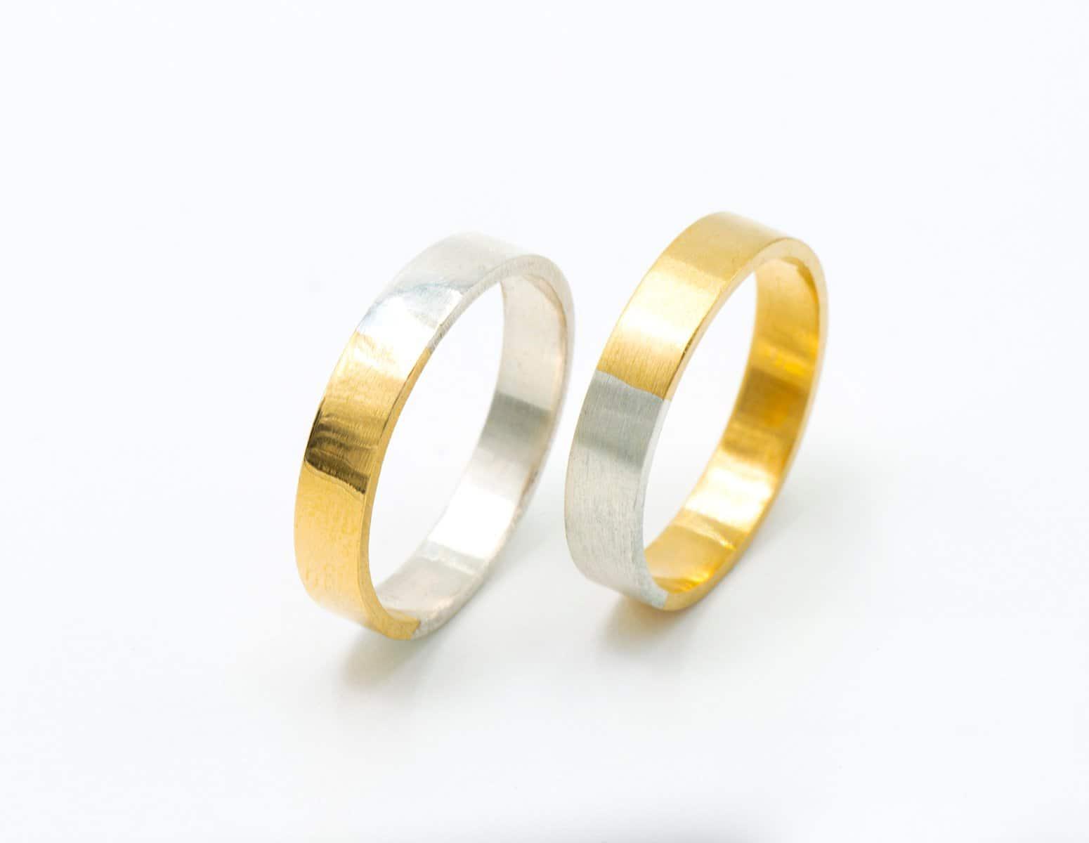 Alianzas de boda en dos colores